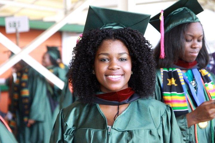 Stupendous Kinks Styling Natural Hair Under Graduation Caps Short Hairstyles For Black Women Fulllsitofus
