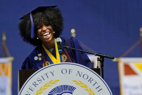 Super Kinks Styling Natural Hair Under Graduation Caps Short Hairstyles For Black Women Fulllsitofus